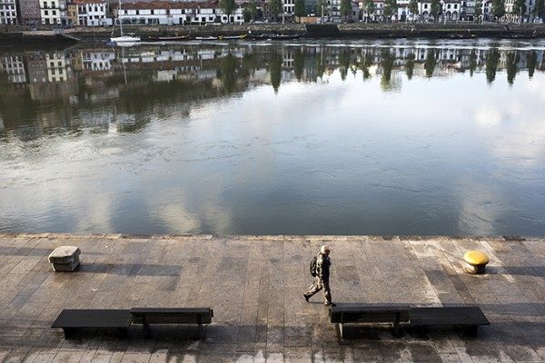 People walking to work along the Rio Douro. It was so unhurried, calm and serene. Porto!