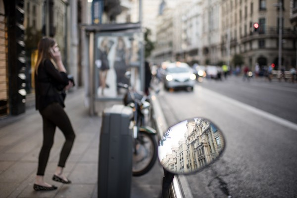 Evening street scene, Gran Via.