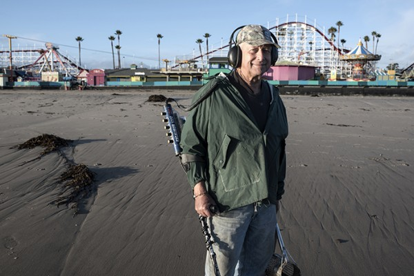 It was a day filled with spectacular surf, high and low tides and perfect Central Coast weather. For me, the highlight of the day was talking with treasure hunter Raymond. Seventy-five years old and as salty as a potato chip, he told a good story. Thanks Raymond!